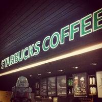 Photo taken at Starbucks by Juan Eduardo D. on 9/5/2012