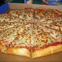 Photo taken at Pizza Hut by Adji K. on 8/25/2012