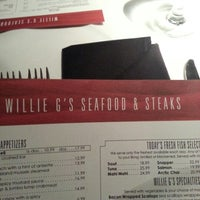 Photo taken at Willie G's Seafood & Steakhouse by Sam S. on 11/11/2012