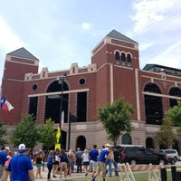 Photo taken at Globe Life Park in Arlington by Elsa V. on 7/25/2013