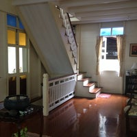 Photo taken at Baan Dinso Hostel by Sigalle B. on 11/18/2013