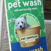 Photo taken at Pet Supplies Plus by Tom B. on 5/22/2016