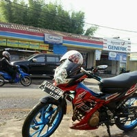 Photo taken at Indomaret joglo by Parlan A. on 4/19/2013
