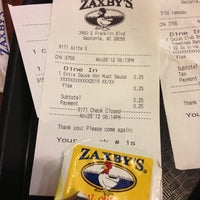 Photo taken at Zaxby's by Dustin M. on 11/28/2012