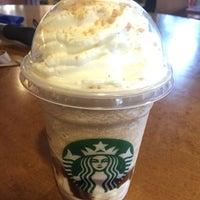 Photo taken at Starbucks by Jane P. on 6/17/2016