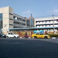Photo taken at Jabatan Pelajaran Negeri Perlis by EdinHack.HyperX on 1/24/2014