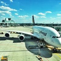 Photo taken at Lufthansa Flight LH 720 by RAPHAEL on 7/2/2014