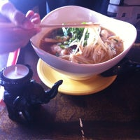 Photo taken at Thai Chef and Noodle Fusion by Yaneth F. on 7/20/2013