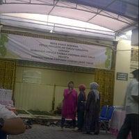 Photo taken at Pengadilan Tinggi Jawa Timur by ahmad z. on 7/16/2013