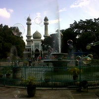 Photo taken at Alun-Alun Kota Malang by Raphael B. on 6/23/2013