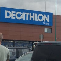 Photo taken at Decathlon by Inma O. on 4/14/2015