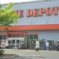 Photo taken at The Home Depot by Smoothy S. on 5/15/2014