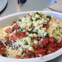Photo taken at Chipotle Mexican Grill by Lawrence W. on 6/27/2013