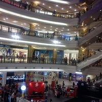 Photo taken at 1 Utama Shopping Centre (New Wing) by Jay-r V. on 3/29/2013