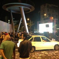 Photo taken at Plaza Alfredo Sadel by Tabata R. on 4/12/2013