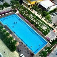 Photo taken at Holiday Inn by Syazwani M. on 11/14/2012