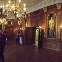 Photo taken at Mauritshuis by Alex S. on 10/4/2014