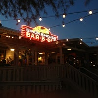 Photo taken at Lucille's Smokehouse Bar-B-Que by Davin M. on 7/24/2013