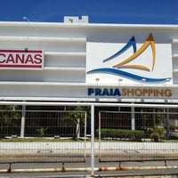 Photo taken at Praia Shopping by Tania Alfredo S. on 4/14/2013