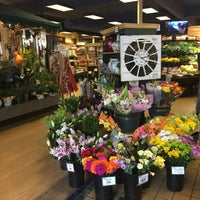 Photo taken at Huckleberry's Natural Market by Inna B. on 7/20/2016
