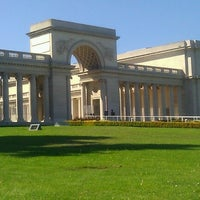 Photo taken at Legion of Honor by Andy H. on 10/2/2012