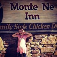 Photo taken at Monte Ne Inn Chicken by Jason L. on 6/29/2013