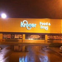 Photo taken at Kroger Food & Pharmacy by Debbie B. on 1/10/2012