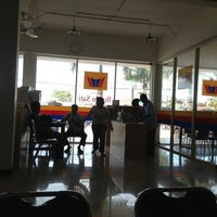 Photo taken at Amaris Hotel Banjar by Adi P. on 4/20/2013