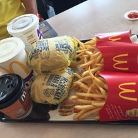 Photo taken at McDonald's by Chu Yeong Y. on 11/18/2016
