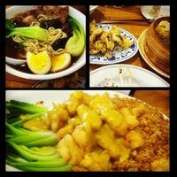 Photo taken at Taiwan Noodle by Karan D. on 5/7/2013