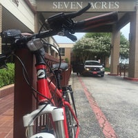 Photo taken at Seven Acres Jewish Senior Care Services by Kevin L. on 9/7/2015