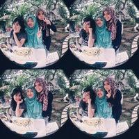 Photo taken at Rumah Cupcakes & BBQ by Tiara L. on 8/29/2014