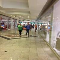 Photo taken at Casa & Gourmet Shopping by Fernando C. on 4/23/2013