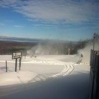 Photo taken at Indianhead Mountain Resort by Bradley K. on 11/12/2013