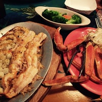 Photo taken at Florida Seafood Bar & Grill by Stefanie S. on 1/18/2015