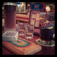 Photo taken at Red Robin Gourmet Burgers by Shari on 5/30/2013
