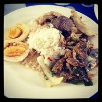 Photo taken at โรงอาหาร อาคารองค์การนักศึกษา (อมช.) by Patiphat P. on 6/2/2013