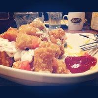 Photo taken at Shari's Restaurant by Brandon T. on 11/5/2012