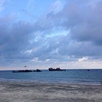 Photo taken at Desaru Beach by Fiyyazahari on 10/25/2016