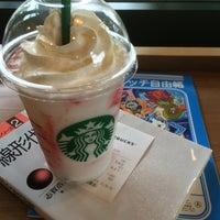 Photo taken at Starbucks Coffee 木更津店 by 水兵 on 6/6/2015