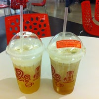 Photo taken at Gong Cha (貢茶) by Leong K. on 6/9/2013