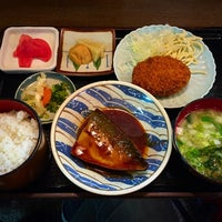 Photo taken at 和食料理 花邨 by Matio M. on 3/4/2015