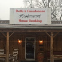 Photo taken at Dolly's Farmhouse by Locu L. on 2/15/2016