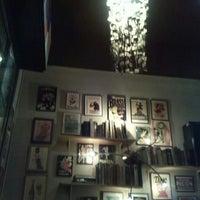 Das Foto wurde bei Chatelet Bar von Argelia R. am 5/27/2013 aufgenommen