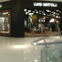 Photo taken at Luigi Bertolli by Carlos N. on 5/23/2013