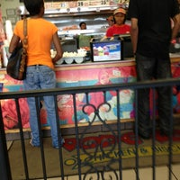 Photo taken at Popeyes Chicken & Biscuits by Boza on 6/9/2013