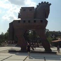 Photo taken at Truva (Troia) Milli Parkı by Serdar A. on 8/17/2013