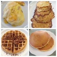 Photo taken at The Original Pancake House by Thuy H. on 6/26/2013