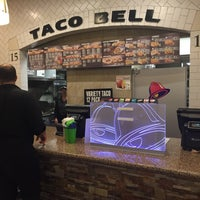 Photo taken at Taco Bell by Evan A. on 9/12/2015