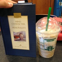 Photo taken at Barnes & Noble by Janice C. on 8/14/2013